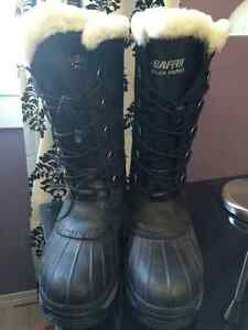 Baffin Winter boots size 9