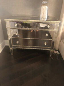 Night Table / 3 drawer chest from ELTE