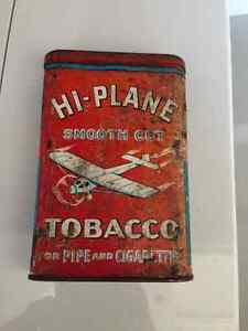VINTAGE / ANTIQUE HI-PLANE TOBACCO TIN - PARKER PICKERS -