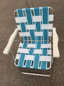 Comfortable lawn or beach, chair light weight metal - $10 obo!!!