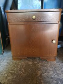 Antiques oak cabinet