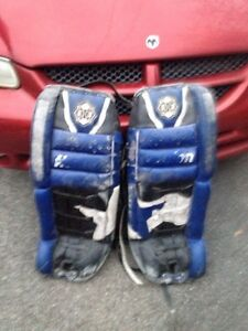 Goalie pads  West Island Greater Montréal image 2
