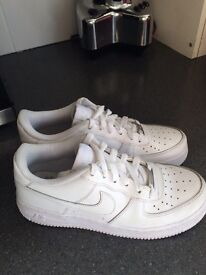 White Nike Air Force 1 size 5