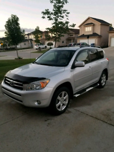 2008 Toyota Rav4 Limited. Fully Loaded! Safetied + Winter Tires!