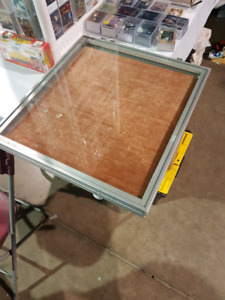 Portable display show case