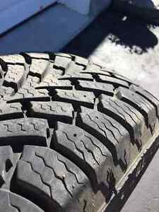 Winter Tires + Steel Rims/Pneus d'hiver + Jantes used for CR-V