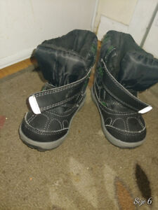 Toddler shoes size 4&5