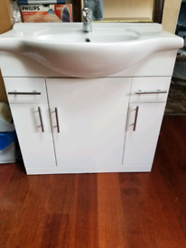 Under neath sink cupboard