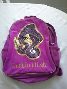 EVER AFTER HIGH BACKPACK