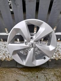 Nissan Qashqai Silver Accenta Premium 17 Alloy Wheel TPMS Valve