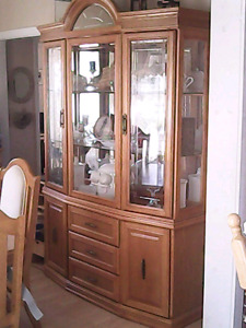 Dining set for sale, Buffet and table