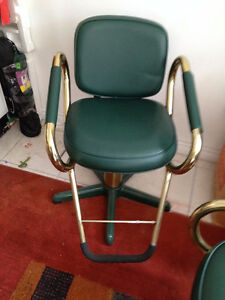 Chaises de Coiffure **** Hair Dressing Chairs