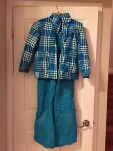 Girl size 10 teal snow suit  Kitchener / Waterloo Kitchener Area image 1