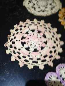 Tablecloths, handmade doilies, & needlepoint picture Peterborough Peterborough Area image 8