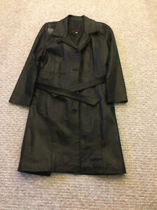 Woman's 3/4 Length Leather Coat Size MED