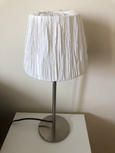 2x Table lamps + lamp shades