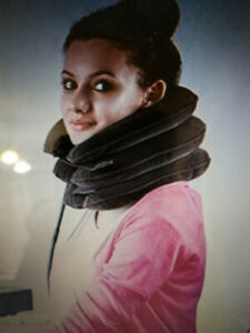 Inflatable neck pillow collar cervical traction brace