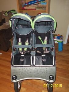 Valco baby Runabout Tri mode Twin Stroller