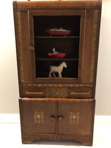 1900 s early hutch