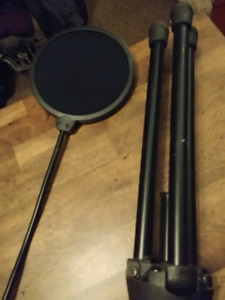 Microphone with stand and  vocal screen