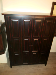 Solid wood entertainment unit or storage