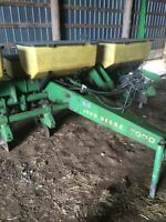 6 row John Deere 7000 corn planter, and other farm equpient