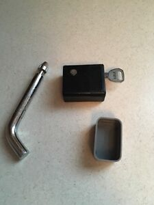 """1/2"""" pin hitch lock for 1.25"""" receiver Stratford Kitchener Area image 2"""