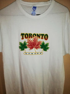 White TORONTO, CANADA printed 100% cotton shirt!