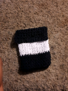 (Small) crochet pouch