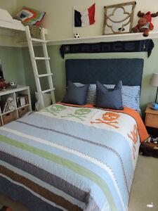 Pottery Barn Quilt/  Couvre-lit Pottery Barn