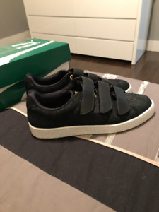 PUMA sneakers size 8.5 - BRAND NEW!!