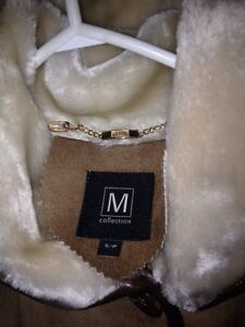 Gorgeous 3/4 length coat Real! London Ontario image 4