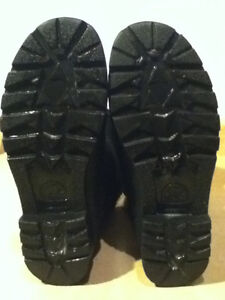 Women's Sorel Black Winter Boots Size 7.5 London Ontario image 4
