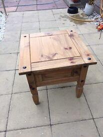 Side table 58x58cm bargain