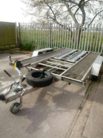 Twin axle car transporter