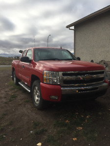 2011 Chevrolet Silverado 1500 $25000 or Best offer