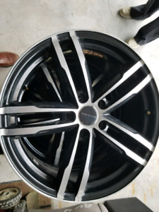 18 inch rims from a 2011 Ford Edge Sport