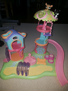 Littlest pet shop play set includes three pets.