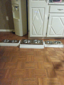 Your friendly pet feeders! ***price reduce***