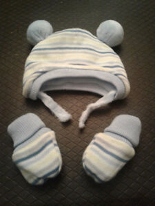 Children's place brand 0-6 month baby boy hat and mittens