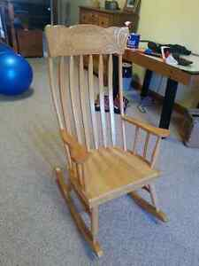 Good Quality Rocking Chair