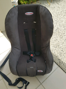 Safe & sound baby car seat cleaned & sanitised