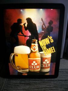 Labatt Club Beer bar light