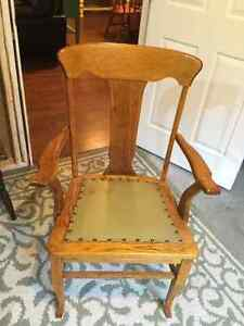 Antique chair Cornwall Ontario image 1