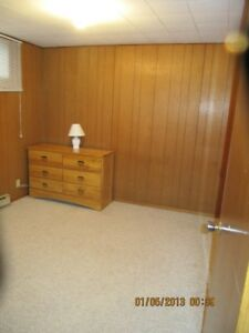 Partly Furnished (or not) 1 Bedroom Close to LU