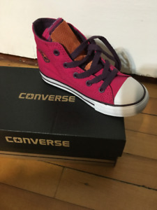 CHUCK TAYLOR CONVERSE  -  From Nordstrom