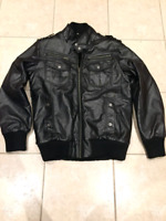 Guess Leather bomber jacket for men, never worn!