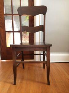 MOVING SALE! FOUR WOODEN CHAIRS AS IS!