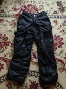 Columbia down filled winter jacket with matching pants 6y Gatineau Ottawa / Gatineau Area image 2