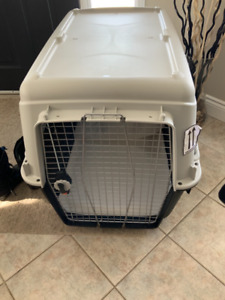 Pet Kennel - Almost New